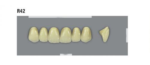 VITA MFT верхні фронтальні, колір 0M1, розмір R42